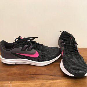 Womens Nike Downshifter 9 Running Shoes Size 8.5